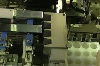 トレー整列装置
